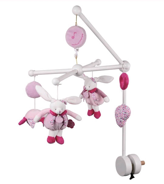 Mobile musical bois cerise chez doudou - Mobile musical bebe fille ...