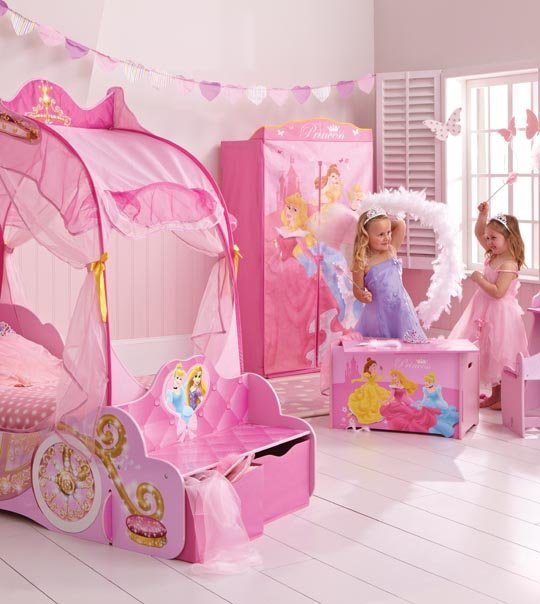 lit enfant princesse disney carrosse 140 x 70 chez doudou. Black Bedroom Furniture Sets. Home Design Ideas